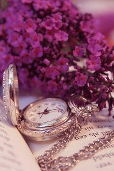 Ramo Funerario tonos Rosas, Ramo de Flores para Difuntos, Comprar Flores para Tanatorio, Enviar Flores al Tanatorio, Envíos Florales Fúnebres Urgentes