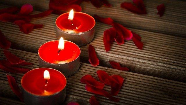 Centros funerarios flores, centros blancos para funeral, envío de centros al Tanatorio de, Floristería Tanatorio, flores para entierro